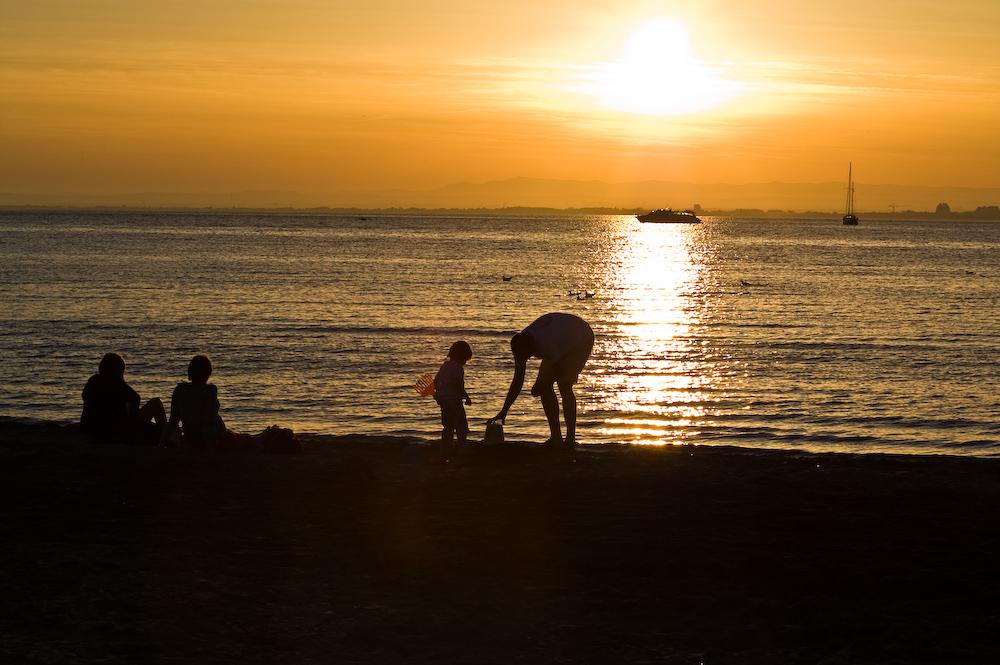 Der Rückweg am Strand entlang beschert uns wieder einen wunderbaren Sonnenuntergang